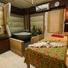 อันนี้เตียงเดี่ยวค่ะ จะเห็นว่ามีอ่างน้ำเเร่ น้ำนมให้เเช่ด้วย น้ำอุ่นกำลังพอดี