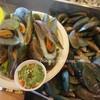 เมนูของร้าน หอยเเครงลวก ถนัดหอย มีสาขาเดียว ฟู้ดวิลล่า ราชฟฤกษ์