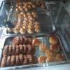 ตู้ขนมหน้าร้าน ขนมแห้งๆ ของจีนโบราณหาทานยาก มีที่นี่จ้า