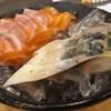 ปลาซาบะเนื้อเล๊ะๆ แซลม่อนชิ้นเล็กไปหน่อย ปลาดิบไม่สด