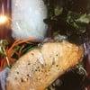 ปลาแซลม่อน สด ผักหวาน กรอบ อร่อย