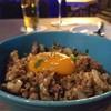 กุ้ง หมู เนื้อ ผัดกับต้นหอม ซอสแจ่วน้ำปลาอร่อยมากครับ