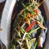 สดมากตักออกมาจากบ่อเป็นปลาเก๋าทะเล เนื้อหวาน น้ำนึ่งซีอิ๊วรสชาติดีมากครับ