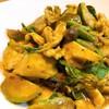 แกงเขียวหวานน่าจะทานได้สองคนเลย มะเขือเปราะ กับถั่วฝักยาวอ่อน กรอบ รสชาติดี