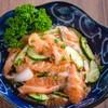 ปลาแซลมอนยำไทย