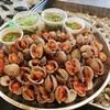 หอยเเครงลวก ทานคู่กัน กับผักบุ้งสามรส ซิกเนเจอร์ของร้านถนัดหอย^^