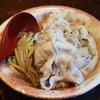 อร่อยมาก กินไปไม่รู้ว่าพูดอร่อยไปกี่รอบ น้ำซุปอร่อยมากหอมกลมกล่อม หมูก็นิ่มอร่อ