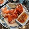 Lobster, หอยนางรม และก้ามปูนึ่ง ดีงาม