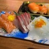 ปลาแซลมอน+ฮะมะจิ+ปลาหมึก