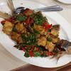 ปลากุเลาผัดพริกขี้หนูโหระพา