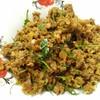 คั่วกลิ้งหมู  ใส่พริกแกงคั่วกลิ้ง คลุกเคล้าสมุนไพรไทย  เพิ่มความมันด้วยไข่เค็มแด