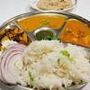 Veg Thali set อาหารชุดถาดหลุมอินเดียมังสวิรัติ 60฿