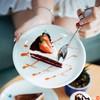 """Red Velvet Cake"" (ราคา 59 บาท) เนื้อเค้กหนานุ่มดุจกำมะหยี่"