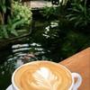 ลาเต้ร้อนที่นี่ อร่อยมากค่ะ สมชื่อกาแฟแม่ฮ่องสอน