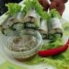 แผ่นเมี่ยงเวียดนาม ห่อผักสด ปลาทูเนื้อแน่น ทานคู่น้ำจิ้มซีฟู้ดรสแซ่บ