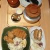 ชุดหมูทอดกับหอยนางรมทอดและสั่งเพิ่มเนื้อห่อชีสทอด