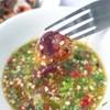 ยิ่งกินกับน้ำจิ้มซีฟู้ดคือหร่อยแรงงง