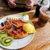 กาแฟค่อนข้างแพง และชงรสชาติไม่ได้เรื่องสักเท่าไหร่สำหรับราคานี้ ใครแน่นวิวก็ถือว