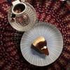 ชีสเค้กกับชากุหลาบ ที่เป็นดอกกุหลาบจริงๆ
