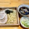 โซบะเย็น เพิ่มหมูชาชู หอมปลาแห้งในซุปมากๆ