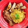 ข้าวซอยไก่-หมูยอพริกไทยดำ