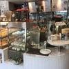 น้ำ infused บริการตนเองได้เรื่อย ๆ ค่ะ สำหรับลูกค้าที่รออาหารและทานในร้านค่ะ