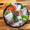 ซาชิมิ~~~!!!! เรากับแฟนชอบกินซาชิมิมาก เลยสั่งมาทาน ไม่ผิดหวังจริงๆ ปลาสด อร่อยม