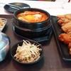 ไก่ทอด ซอสเผ็ด×2และซอสการ์ลิค / ซุปกิมจิ