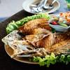 (330 บาท) ปลาทอดตัวโตกับน้ำยำผลไม้ เปรี้ยว หวาน มัน กรอบ สดชื่น