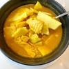 แกงส้มปลาแซลมอลยอดมะพร้าว