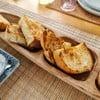 ขนมปังโรสแมรี่นำมา (Sear)เซียร์(จี่) ด้วยเนยสดอย่างดี 1 ก้อนใช้เนยประมาณ 1*1นิ้ว