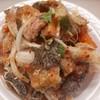 แซลมอน+ปูอัด+หนังปลาแซลมอนทอดกรอบยำไทย