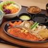 สเต๊กปลาแซลมอนกระทะร้อน (จาน)