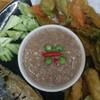 น้ำพริกกะปิ ผักทอด ปลาทู