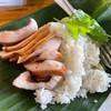 ข้าวคอหมูทอดน้ำปลาตรากระต่าย