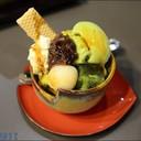 ไอศกรีมชาเขียวพาเฟ่ท์สไตล์ญี่ปุ่น จัดเครื่องมาเต็ม