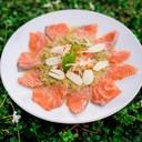 แซลมอนแช่น้ำปลา : น้ำจิ้มซีฟู๊ดที่นี่ อร่อยมาก