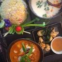 ชุด 4 ข้าวผัดแหนม ถุงทองปู แกงเผ็ดเป็ดย่างลำไย ต้มข่าทะเล