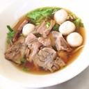 เกาเหลาเนื้อตุ๋น ลูกชิ้น-เนื้อสด-เนื้อน่องลาย (70 บาท)