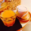 welcome drink น้ำส้ม พร้อมผ้าเย็น