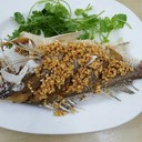 ปลาอั่งเกยทอดกระเทียม