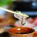 จิ้มน้ำจิ้มชาบูสูตรเด็ดของร้านชาบู ชาบู นางใน ก่อนทานสักหน่อย