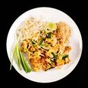 ผัดไทย ราคาอาจแพงกว่าร้านข้างนอก แต่ปริมาณ และความอร่อย สมราคาแน่นอน