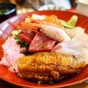 ข้าวซูชิหน้าปลาดิบ อาโออิ