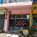 ร้านสีชมพู