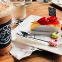 มอคค่าปั่น+สตอเบอร์รี่ชีสเค้ก อร่อยสมคำแนะนำ