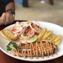 ปลาแซลม่อนชิ้นใหญ่ รสชาติอาหารดีมาก อร่อยมากค่ะ