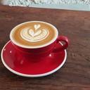 Latte ร้อน รวมกาแฟกับนมอุ่น ๆ นุ่มนุ่มลิ้น