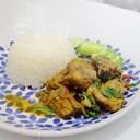 ซี่โครงหมูตุ๋นยาจีน ผัดกระเพราหอมๆ ทานพร้อมข้าวสวยร้อนๆ เข้ากันอย่างลงตัว