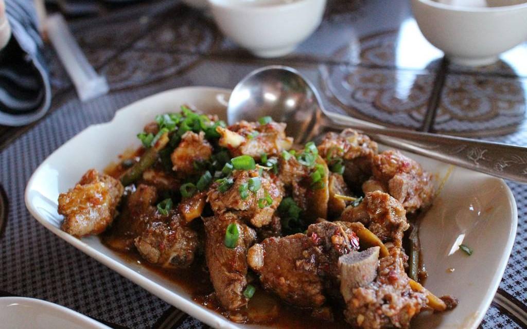 ลีไวน์รักไทย อาหารจีนยูนาน